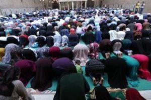 مواقيت الصلاة في مصر والعواصم العربية اليوم الاثنين 22/10/2018