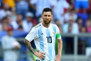 ميسي يثير التكهنات حول عودته لمنتخب الأرجنتين