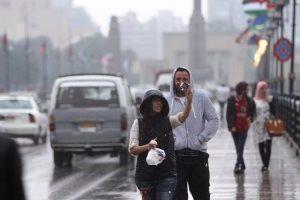 هيئة الأرصاد الجوية تحذر المواطنين من احتمالية سقوط أمطار اليوم  وتدعو لإرتداء الملابس الثقيلة للأطفال