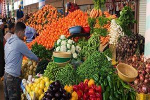 تراجع أسعار الليمون والطماطم.. أسعار الخضروات والفواكه بسوق العبور اليوم