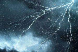 تحذيرات من أمطار رعدية خلال الساعات القادمة على بعض المناطق