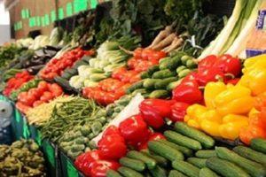 انخفاض أسعار الخضروات والفواكه بنسبة 50% بالشرقية