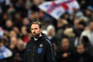 مدرب منتخب إنجلترا يعلن الموافقة على تخفيض راتبه بسبب أزمة فيروس كورونا