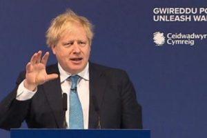 رئيس الوزراء البريطاني في العناية المركزة بعد إصابته بكورونا