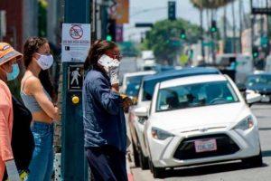 وفيات فيروس كورونا تتراجع في أميركا