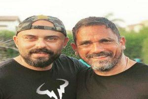 بعد شائعة إصابة أمير كرارة بكورونا.. أحمد صلاح حسني: لمصلحة مين؟
