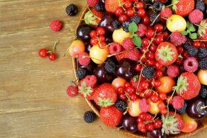 لمريض السكر.. 5 أنواع من الخضار والفواكه تساعدك تعرف عليها