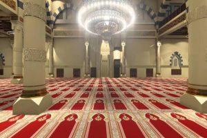 بعد انقطاع دام 3 أشهر.. إعادة فتح المساجد بمكة المكرمة