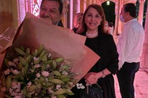 الرئيس الفرنسي يلتقي ماجدة الرومي بقصر الصنوبر